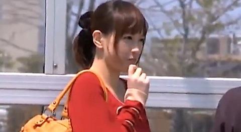ナンパ個人撮影。パンティ脱がしたらパイパンだった美人女子大生