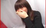 「飲んじゃったw」 誤って精液飲んじゃった素人娘の反応が可愛いごっくんハプニング動画!